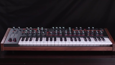 Dave Smith Pro 2 Synthesizer