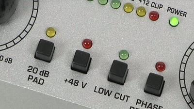 Behringer MIC100 MIC200 Tube Ultragain Roehrenvorverstaerker