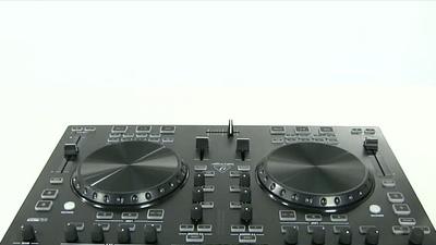 Behringer CMD Studio 4a: 4 Deck DJ Controller